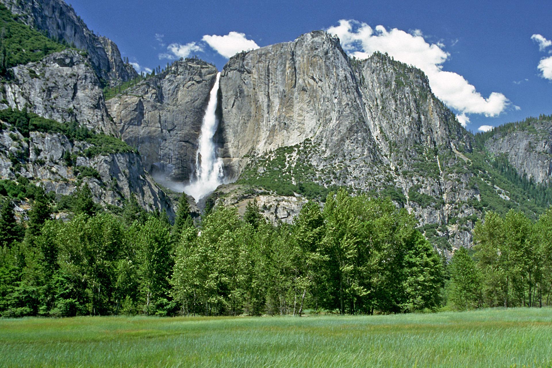 Natur & Umwelt - Wasserfall Yosemite-Nationalpark